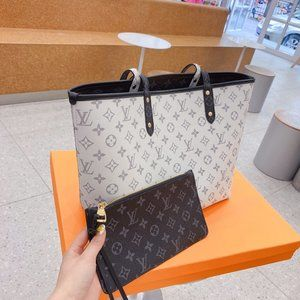 NWT LV Neverfull Mm Monogram Brown Canvas Tote